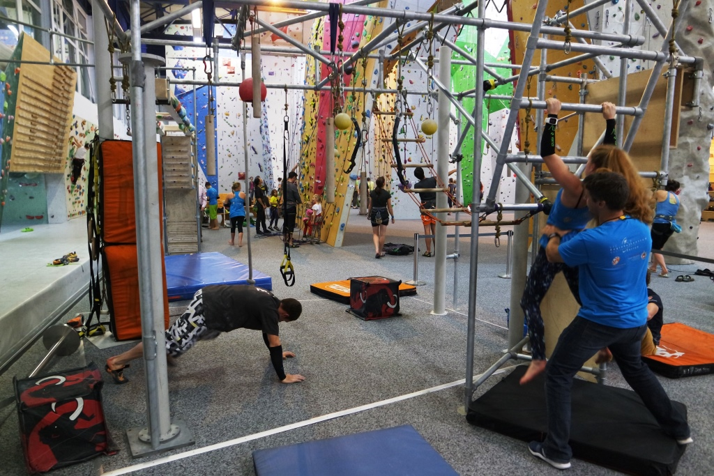 Warming up at the beginning of the climbing tests